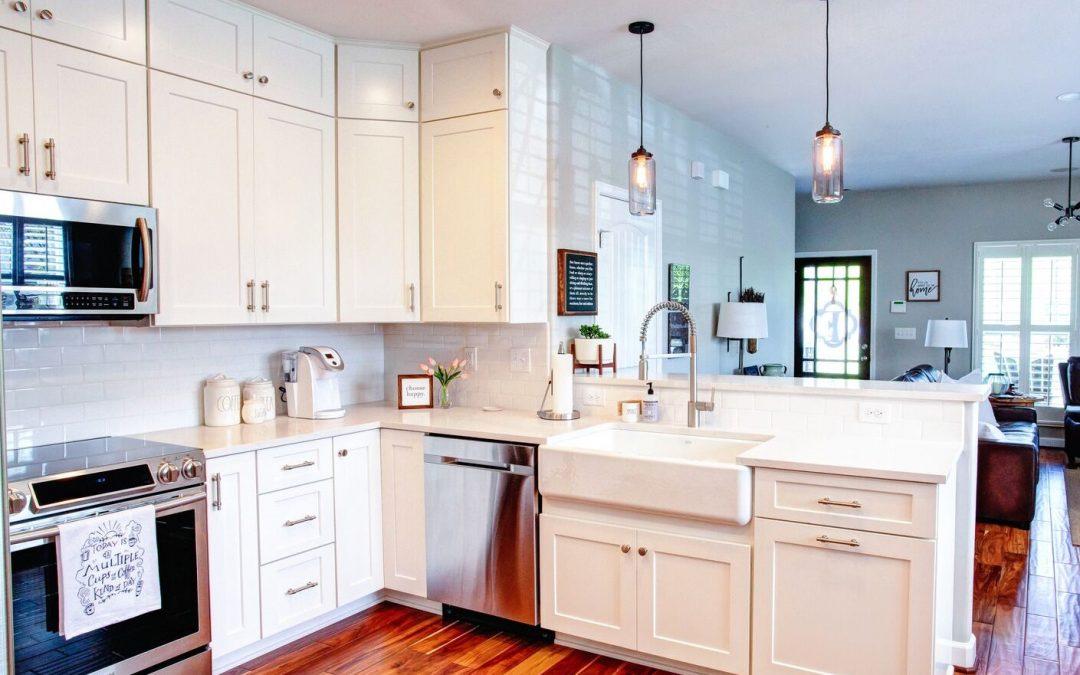 Mt Juliet kitchen with white cabinets
